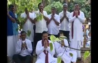 H.E. Visit to Kelaniya Temple