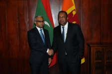 Maldivian Foreign Minister calls on his Sri Lankan counterpart
