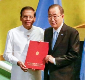 President hands over instrument of ratification to Paris Agreement on Climate Change