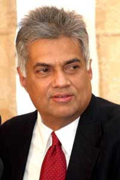 A deal between Abbot and Rajapaksa Government ? - PM