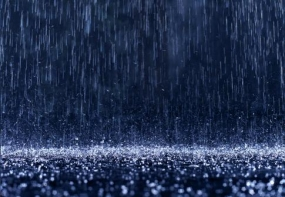 Heavy rainfalls and strong winds