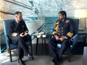 Navy Commander meets US Chief of Naval Operations and US Pacific Fleet Commander