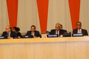 Minister Peiris chairs Commonwealth FMs meeting in New York