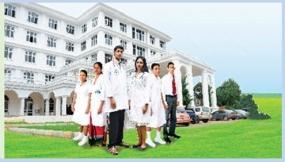 'Sarasavi Mandura' will be vested in university Students today