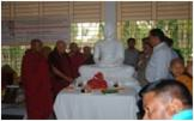 Sri Lanka donates Buddha Statues to Reconstructed Temples in Bangladesh