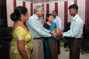 Artificial Limbs gifted to six service personnel
