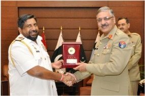Navy Commander calls on high ranking dignitaries in Pakistan