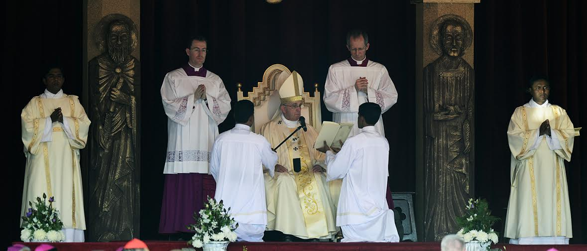Pope Francis holds a Holy Mass at Galle Face Green Colombo 1