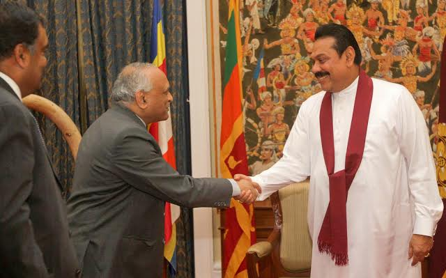Prsesident meets Indian Defence minister