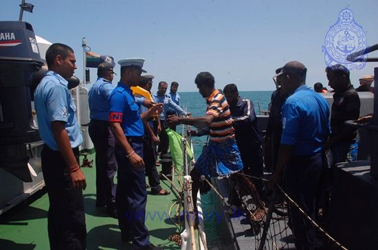SL Navy assists Repatriation of Indian Fishermen 2