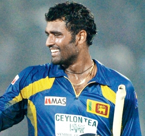 Thisara helps Sri Lanka draw level
