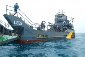 Navy salvages Helicopter Debris from Chalai Seas