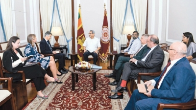 EU invited to invest in SL