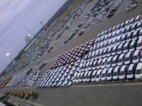 Vehicles handled at Magampura Harbour exceeds 200,000
