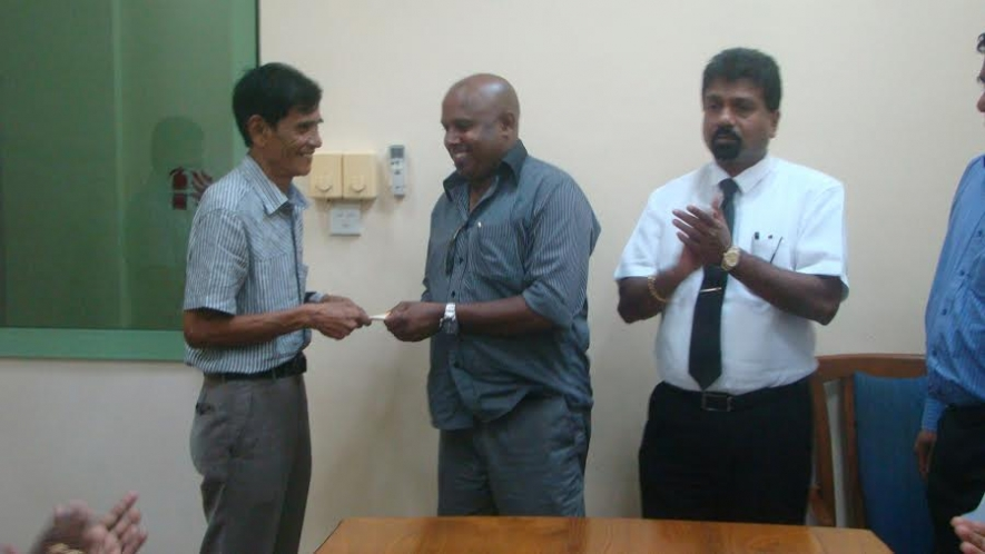FFSL Donates 100,000/- to Ex Referee Z. A. Osman for Heart Surgery