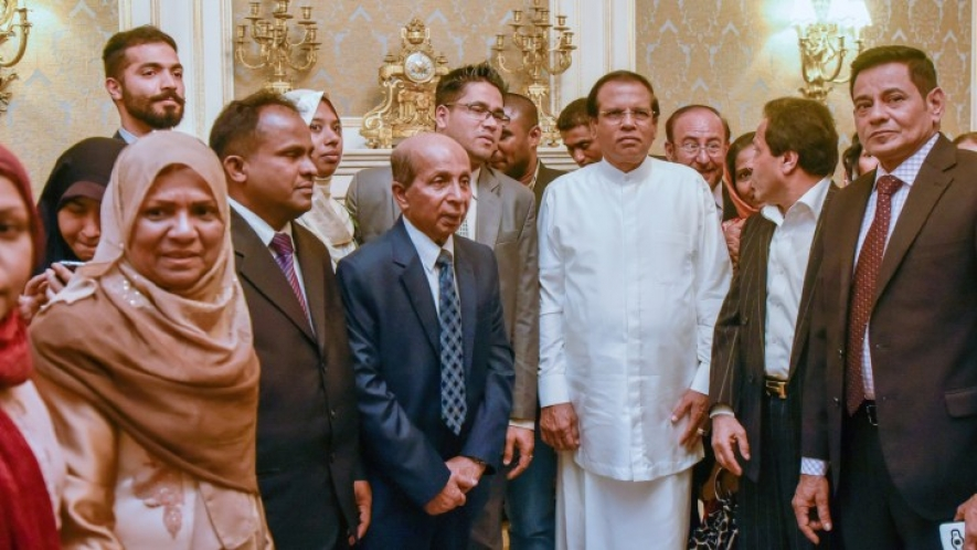 President meets Sri Lankan community in Iran