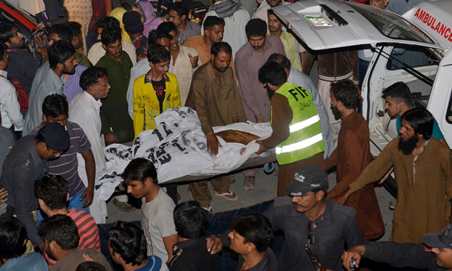 55 killed in suicide attack at Wagah in Pakistan