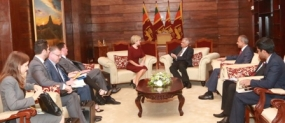 PM meets Australian FM