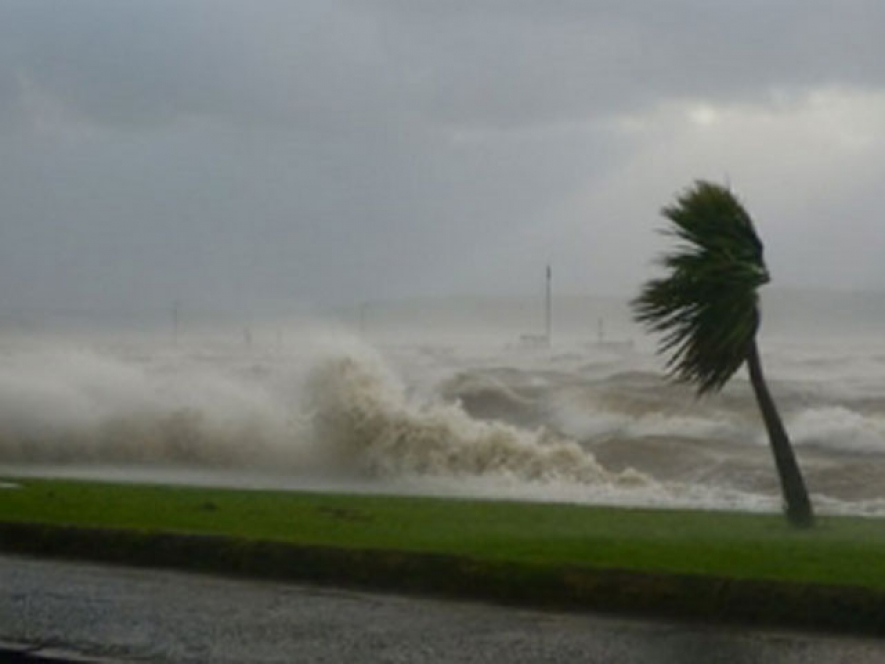 Reduce in Strong winds but fairly strong monsoonal winds in sea area
