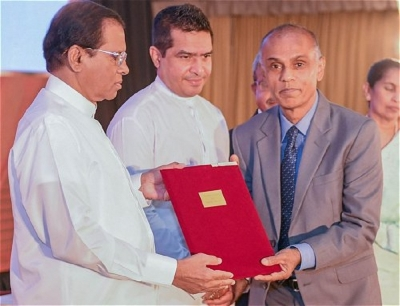 President presents awards to over 240 scientists