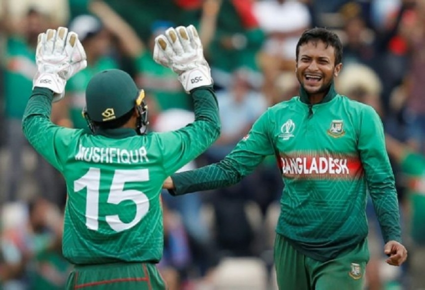 Bangladesh sink Afghanistan to keep alive WC semi-final hopes