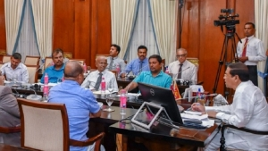 President meets  members of  Trade Union Federation