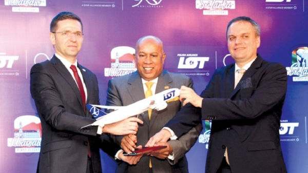 LOT Polish Airlines resumes flights to Sri Lanka