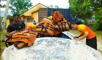Navy stands at ready amid fears of flood