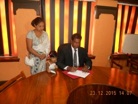 Nanda Muruttettuwegama assumes duties as Lankapuvath Chairman