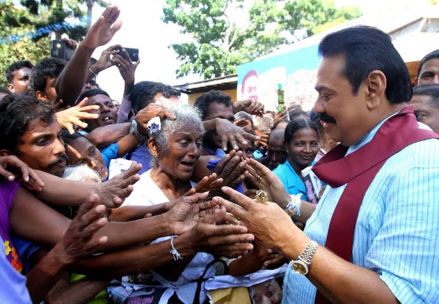 President Receives A Rapturous welcome in Galle