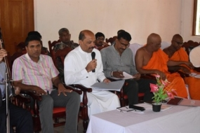 State Minister on inspection visit to Malwathu Oya