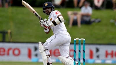 Kusal Mendis, Dinesh Chandimal keep New Zealand at bay