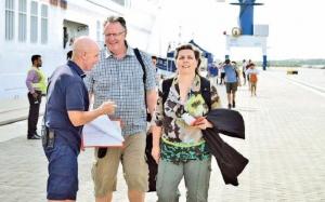 Over 200 passengers cruise liner calls on H' tota Port