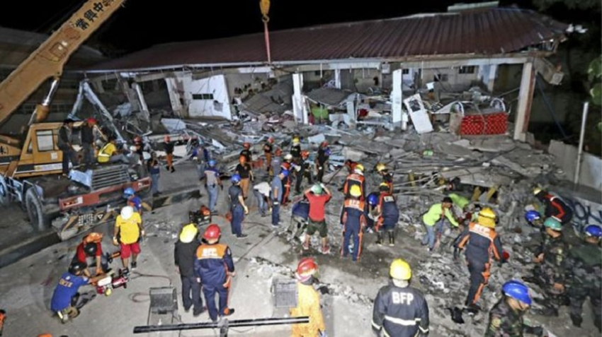 Philippines earthquake: Eight deaths reported