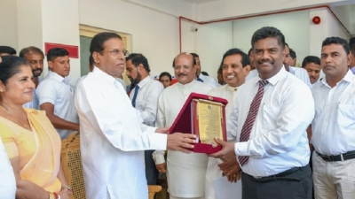 President opens 'Methsiri Sevana' Kidney Patients Relief Centre