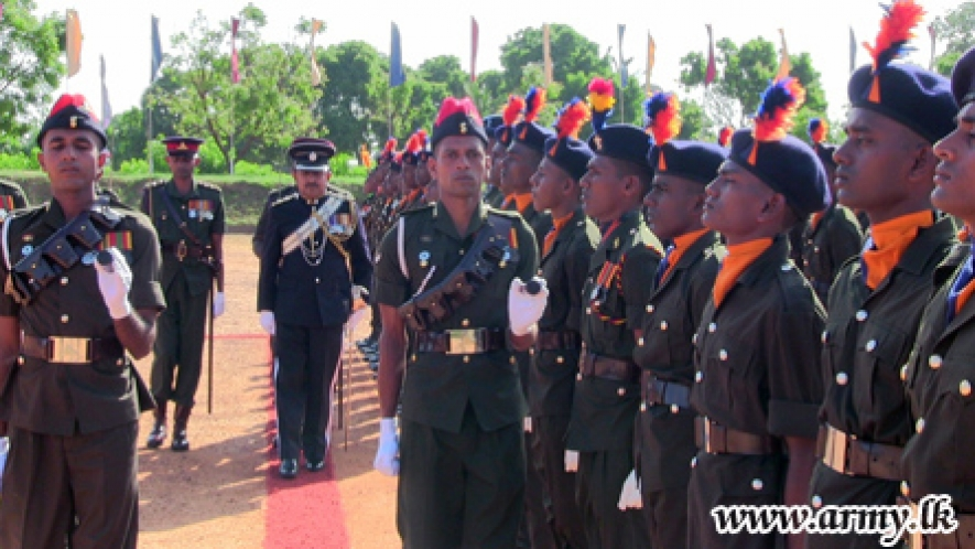 Mullaittivu Tamil Recruits as Army Tradesmen Pass Out Amid Parents' Greetings