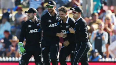 New Zealand beat Sri Lanka in 3rd ODI
