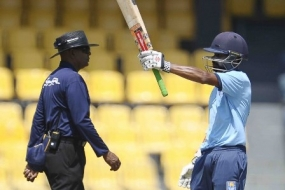 Niroshan Dickwella to replace TM Dilshan