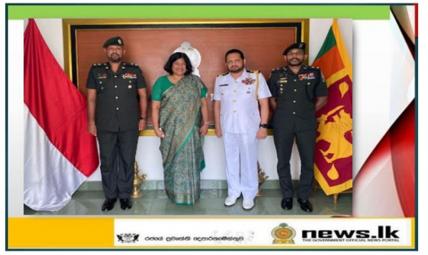 Two Sri Lankan military officers receives Masters Degree scholarships for the first time at Indonesia Defence University