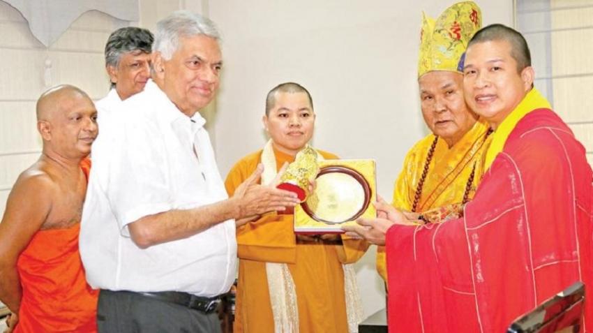 Hongkong Buddhist delegation calls on PM