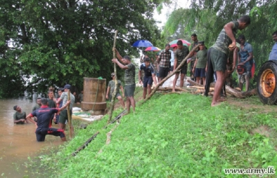 Troops Attend Flood Emergencies in Kilinochchi