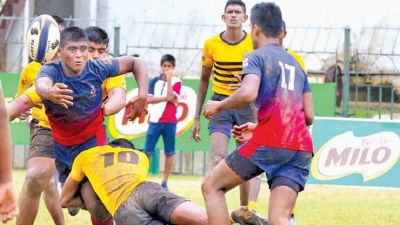 Isipathana score century of points in three matches