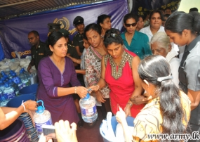 Seva Vanitha Ladies Once Again Take Relief Items to Horowpothana