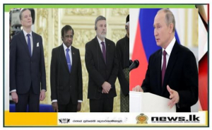 Ambassador Prof. M.D. Lamawansa presents credentials to President of the Russian Federation Vladimir Putin at the Kremlin