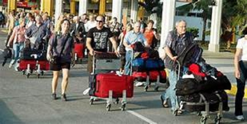 Tourist arrivals went up to153,123 in October