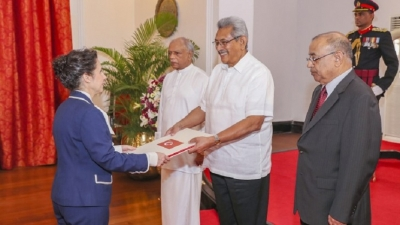 New envoys present credentials to President