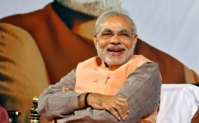 Modi wants SAARC heads at swearing-in