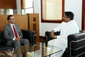 Oman Ambassador meets State Minister
