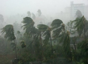 Strong Winds of up to 70-80kmph over Central Hills