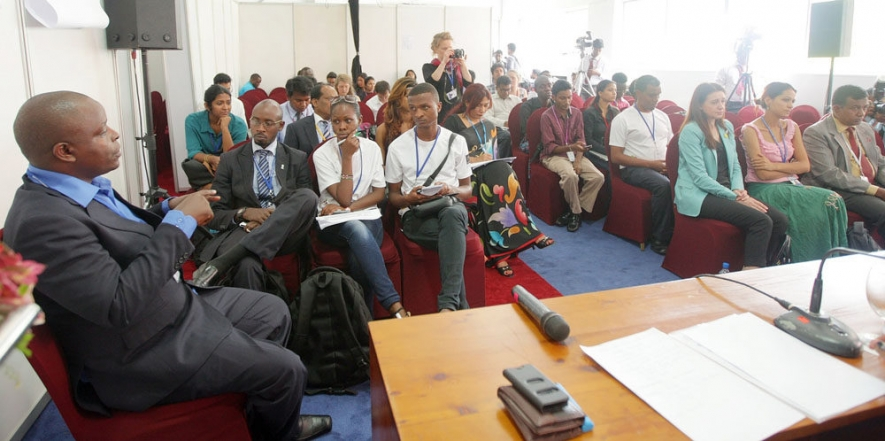 Youth Delegates Discuss Good Governance on Final Day of Deliberations